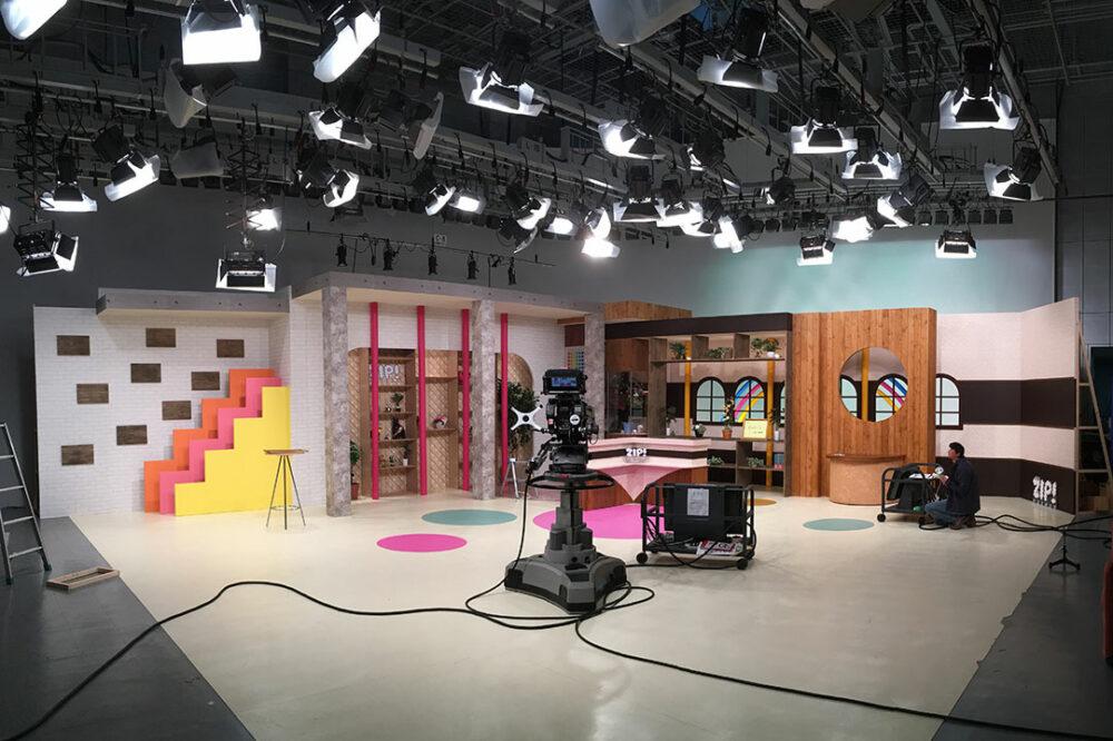 テレビスタジオセット